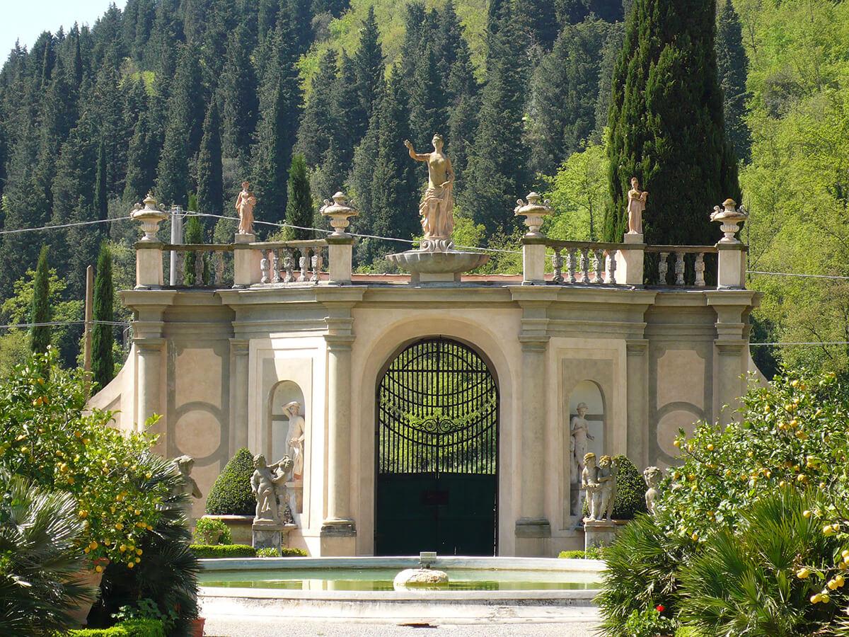 Portale della Villa Travalle
